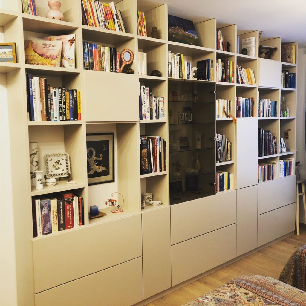 Bücherregal Tischlerei